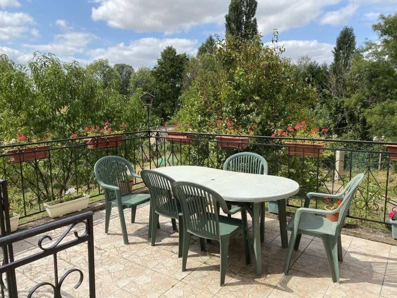 Sale house / villa Montcorbon 149000€ - Picture 2