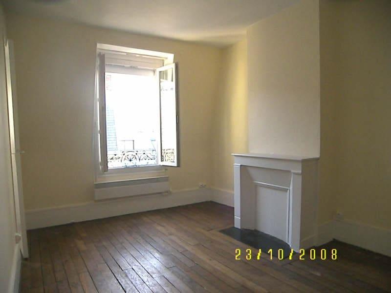 Rental apartment Levallois perret 700€ CC - Picture 1