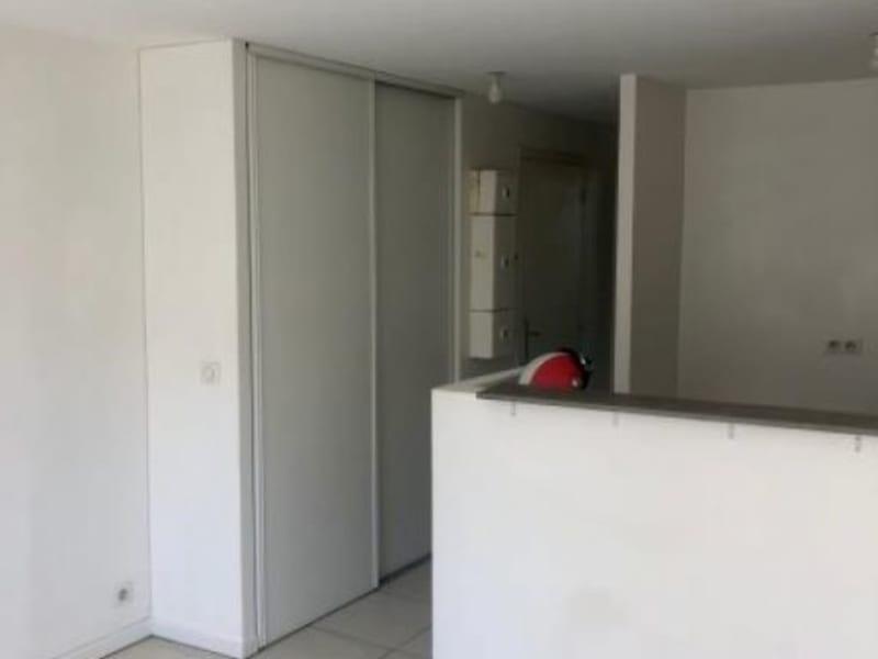 Location appartement Croissy sur seine 760€ CC - Photo 3