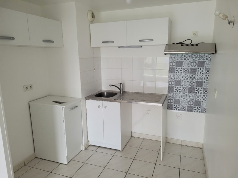 Location appartement Osny 730€ CC - Photo 3