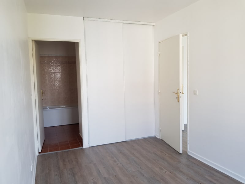Location appartement Osny 730€ CC - Photo 4