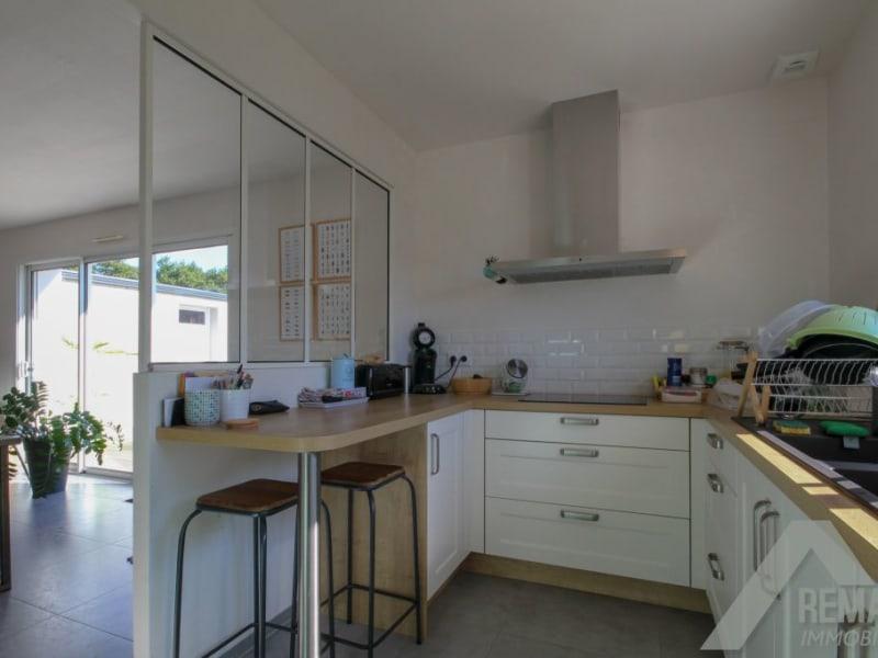 Sale house / villa Landeronde 221140€ - Picture 5