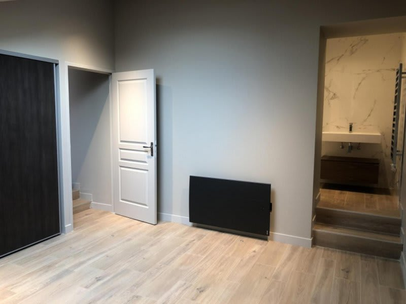Location appartement Chasselay 950€ CC - Photo 3