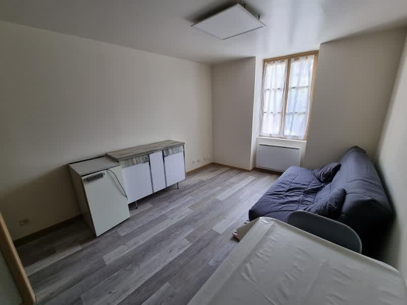Location appartement Nantua 440€ CC - Photo 4