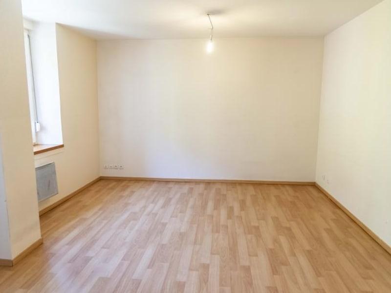 Rental apartment Nantua 330€ CC - Picture 3