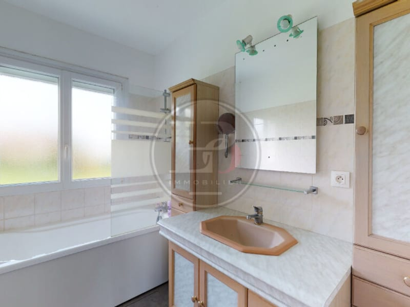 Sale house / villa Garennes sur eure 245000€ - Picture 3