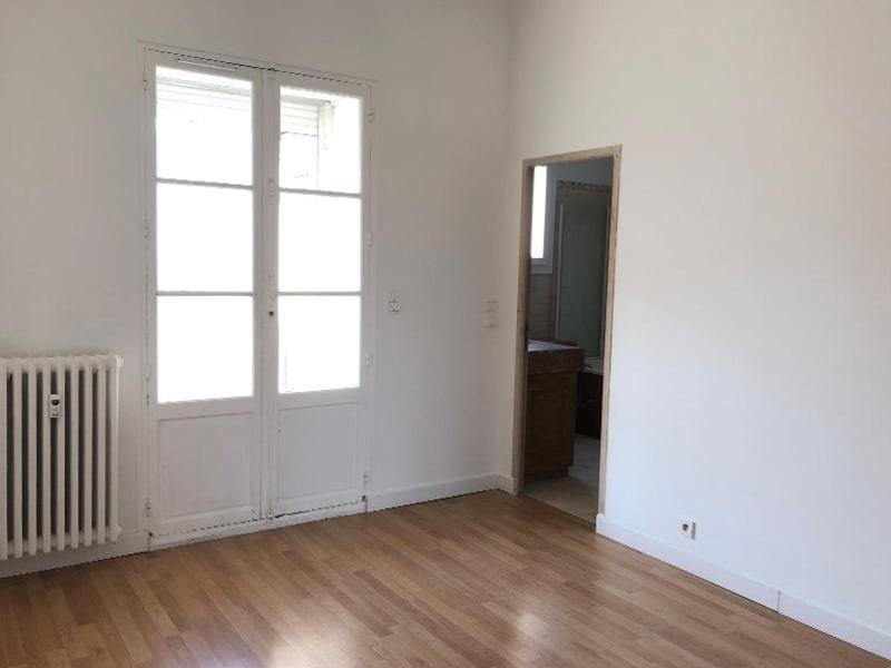 Location appartement Aix en provence 1110€ CC - Photo 5