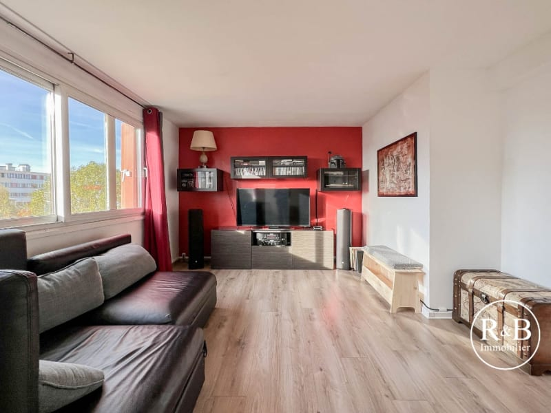 Sale apartment Les clayes sous bois 195000€ - Picture 1