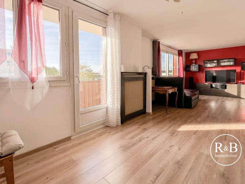 Sale apartment Les clayes sous bois 195000€ - Picture 2