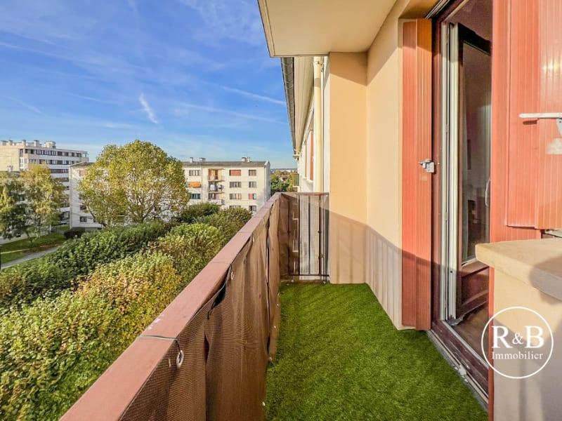 Sale apartment Les clayes sous bois 195000€ - Picture 3