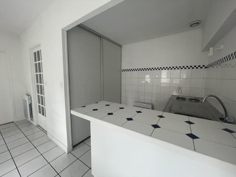 Sale apartment Le bouscat 215000€ - Picture 2