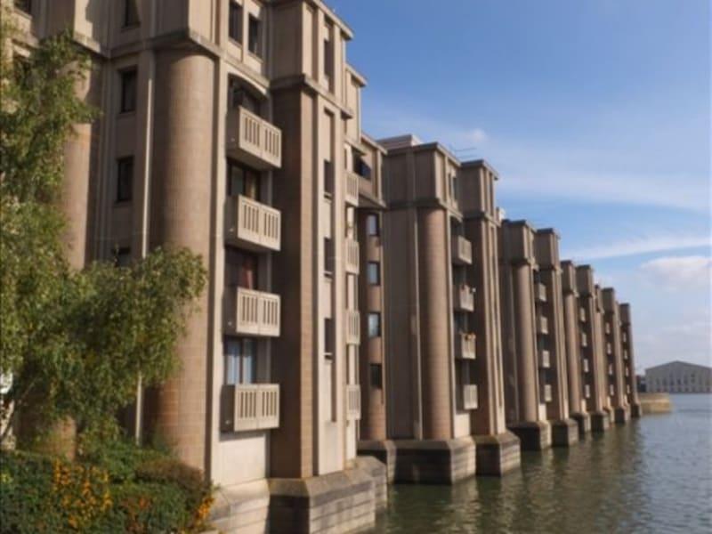 Rental apartment Montigny le bretonneux 795€ CC - Picture 1
