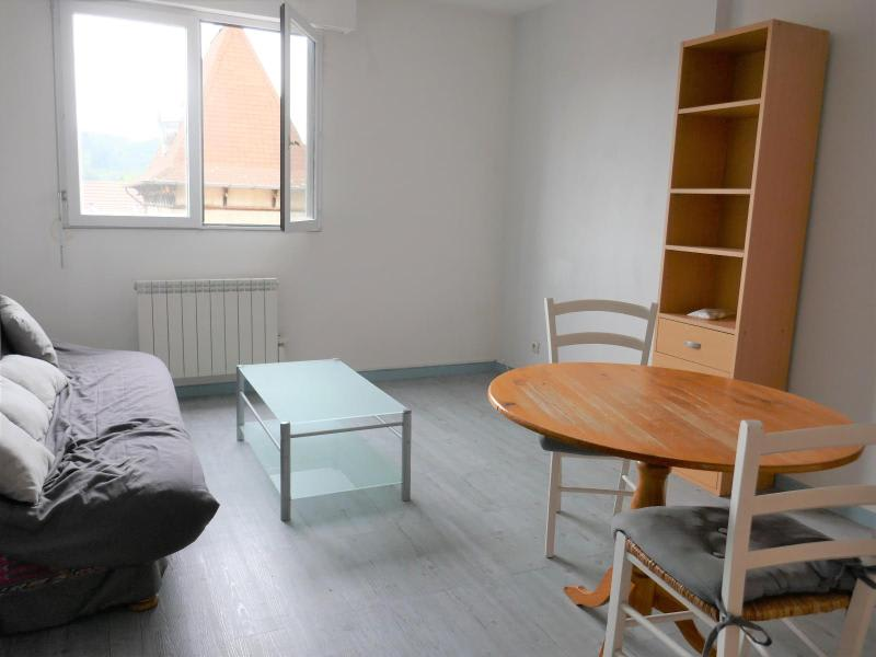 Sale apartment Oyonnax 73000€ - Picture 1