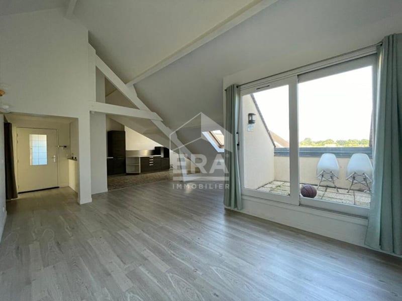 Rental apartment Brie comte robert 990€ CC - Picture 3