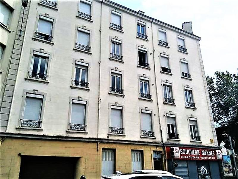 Location appartement Saint etienne 258€ CC - Photo 6