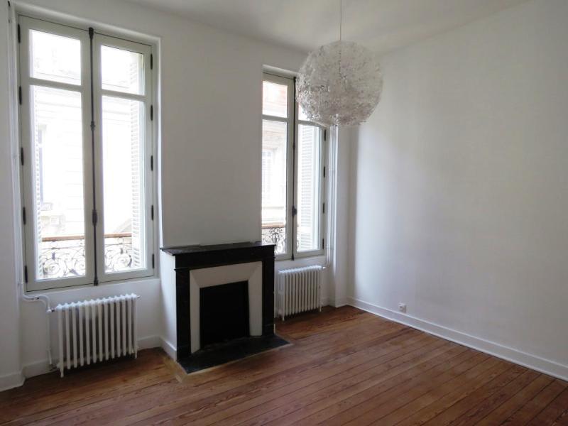 Location appartement Bordeaux 1245€ CC - Photo 1