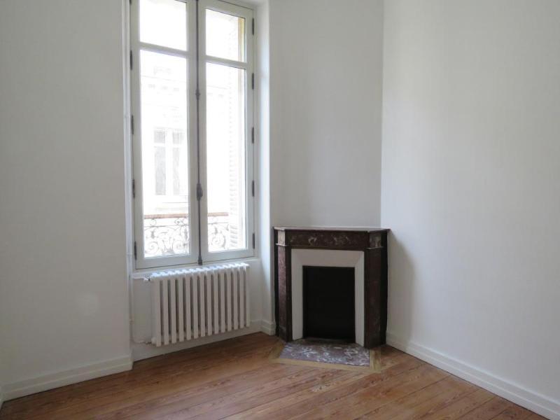 Location appartement Bordeaux 1245€ CC - Photo 6