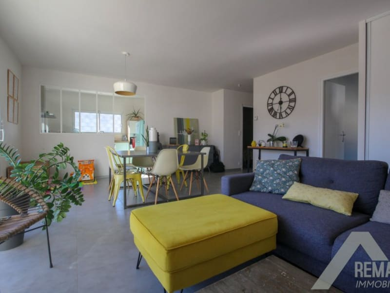 Sale house / villa Landeronde 221140€ - Picture 2