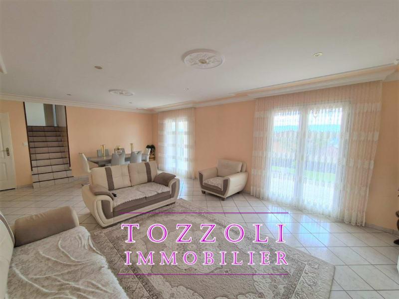 Sale house / villa L isle d abeau 410000€ - Picture 5