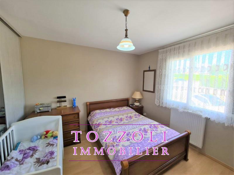 Sale house / villa L isle d abeau 410000€ - Picture 9