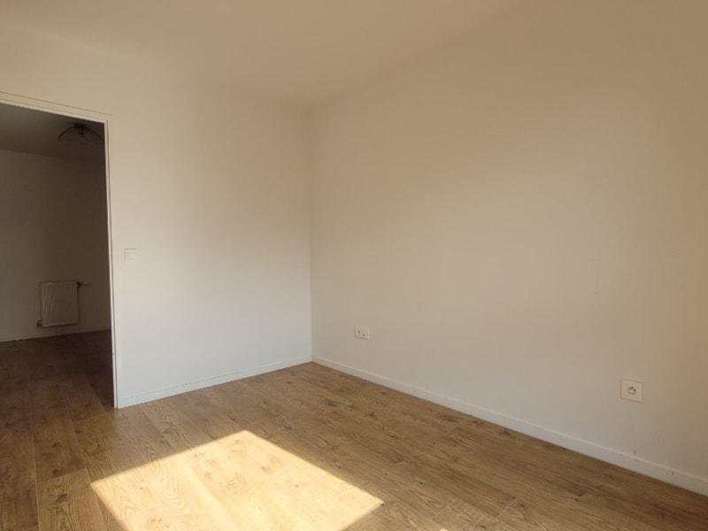 Sale apartment Pontoise 274440€ - Picture 5