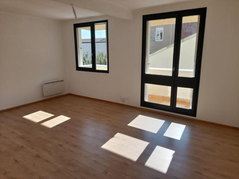 Location appartement Roanne 740€ CC - Photo 3