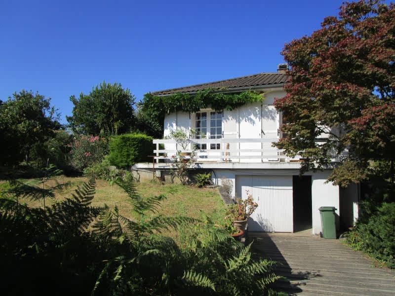 Sale house / villa Carbon blanc 399000€ - Picture 1