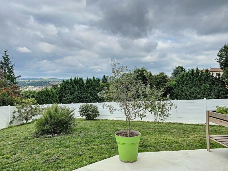 Sale house / villa Éveux 625000€ - Picture 2