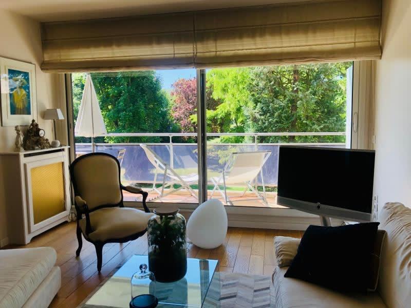Sale apartment St cloud 998000€ - Picture 2