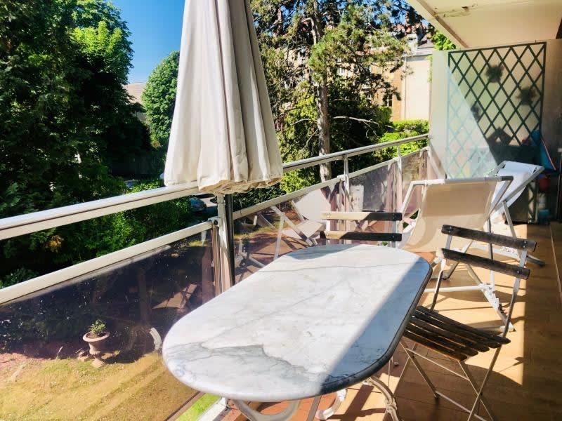 Sale apartment St cloud 998000€ - Picture 16