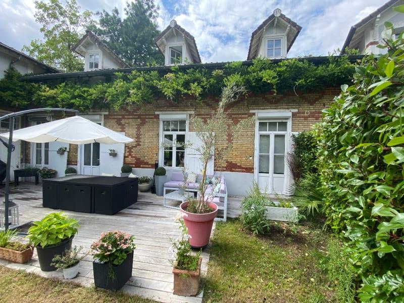 Sale house / villa Maisons laffitte 840000€ - Picture 1