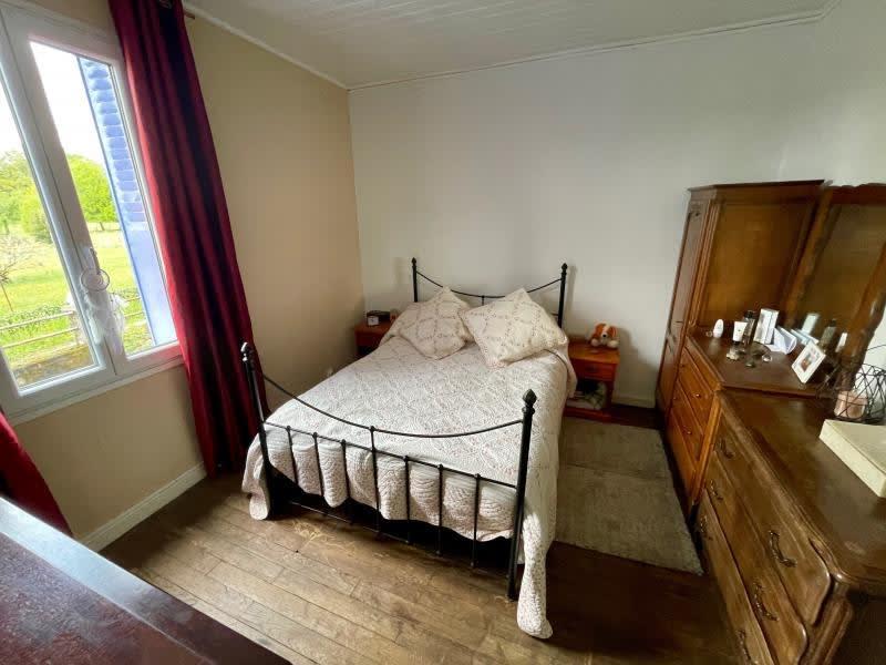Vente maison / villa Chateauneuf la foret 230000€ - Photo 5