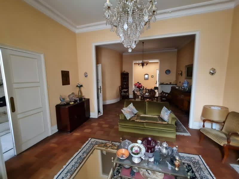 Sale house / villa Montmoreau st cybard 201400€ - Picture 1