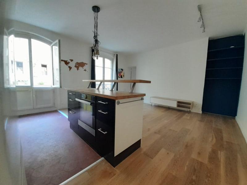 Sale apartment Paris 18ème 380000€ - Picture 1