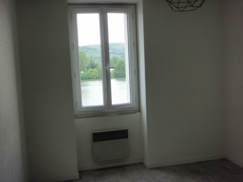 Location appartement St vallier 510€ CC - Photo 2