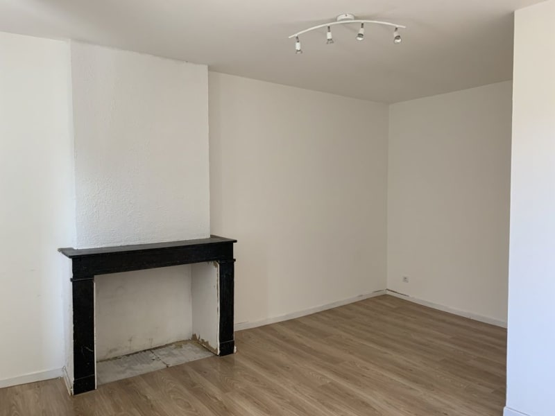 Rental empty room/storage Lunel 695€ HC - Picture 6