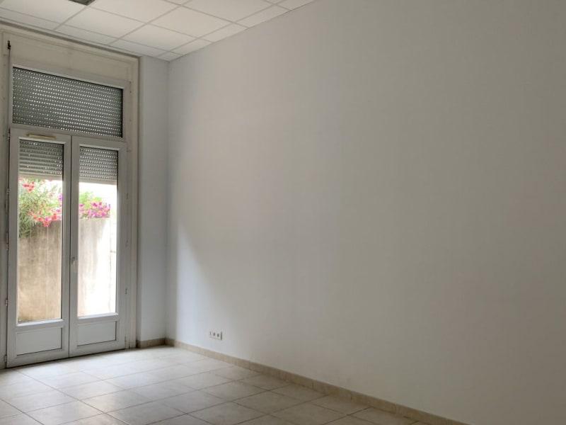 Rental empty room/storage Lunel 1160€ HC - Picture 5