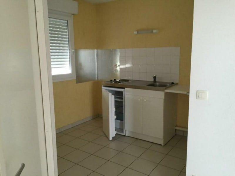 Sale apartment Lisieux 70000€ - Picture 2