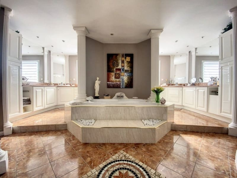Sale house / villa Lozanne 1399000€ - Picture 10