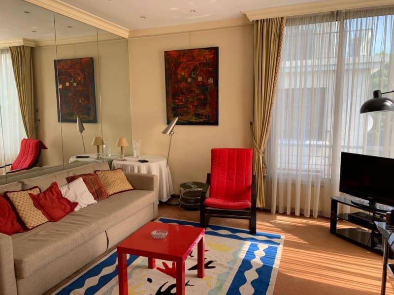 Location appartement Paris 16ème 2000€ CC - Photo 3