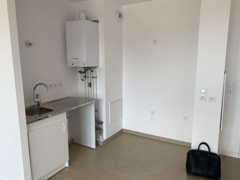 Rental apartment Livry gargan 770€ CC - Picture 6