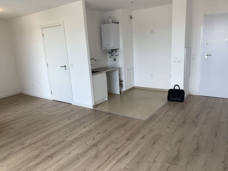 Rental apartment Livry gargan 770€ CC - Picture 7