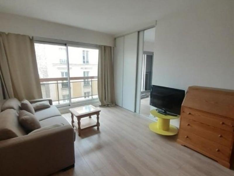 Location appartement Paris 16ème 1357€ CC - Photo 8