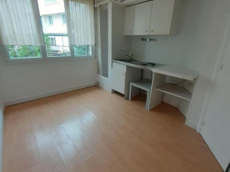 Location appartement Neuilly 469€ CC - Photo 4
