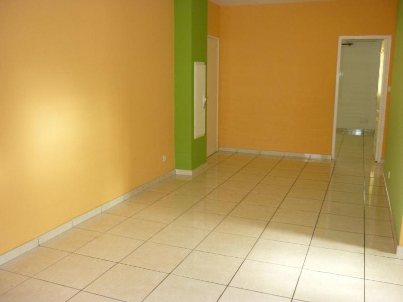 Rental apartment L etang sale les hauts 731€ CC - Picture 4