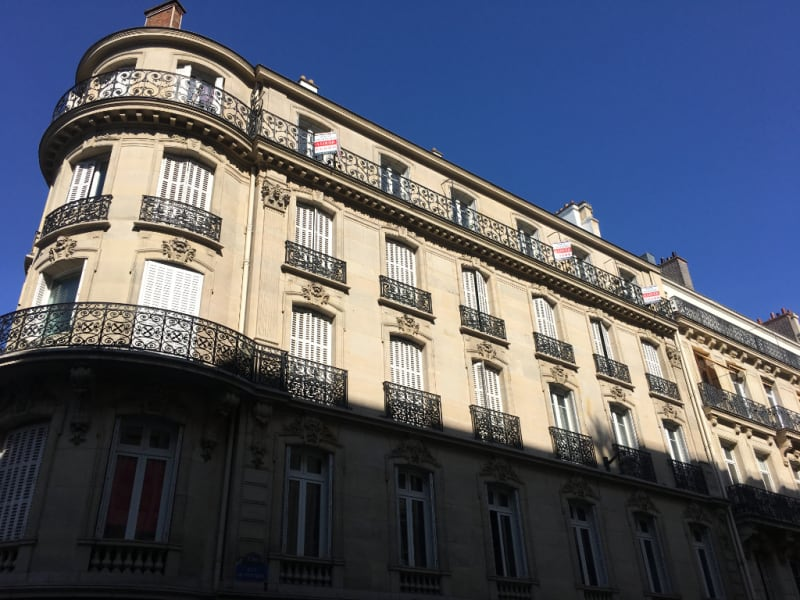 Location appartement Paris 8ème 2360€ CC - Photo 6