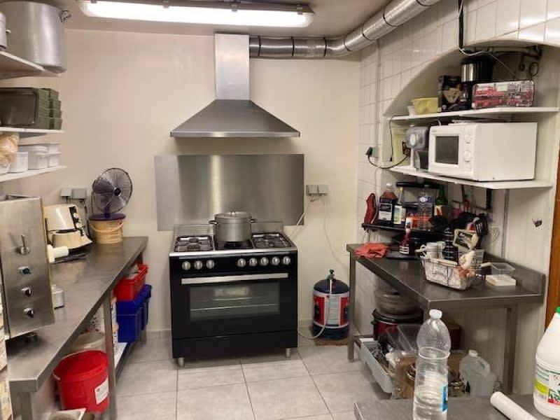 Sale empty room/storage St maximin la ste baume 205000€ - Picture 3