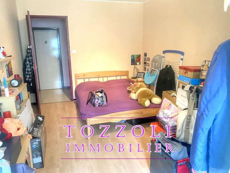 Sale house / villa Veyssilieu 252500€ - Picture 5