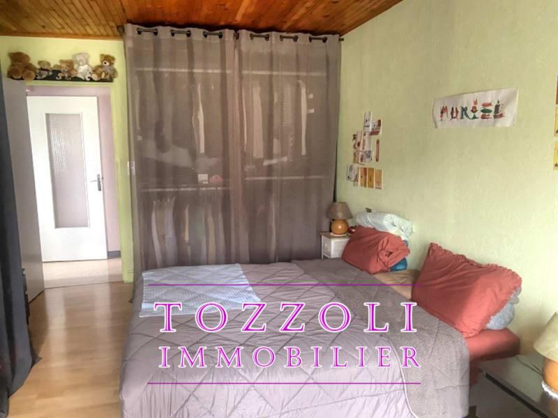 Sale house / villa Veyssilieu 252500€ - Picture 6