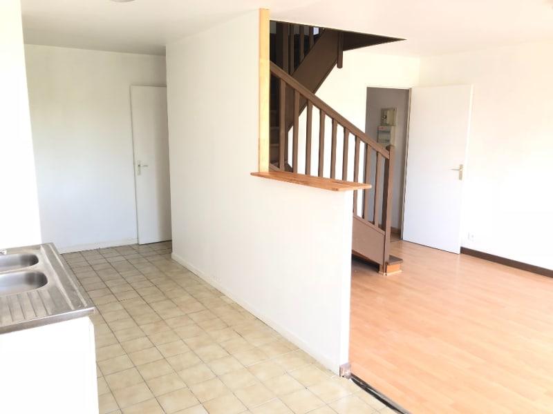 Rental apartment Beauchamp 806€ CC - Picture 4